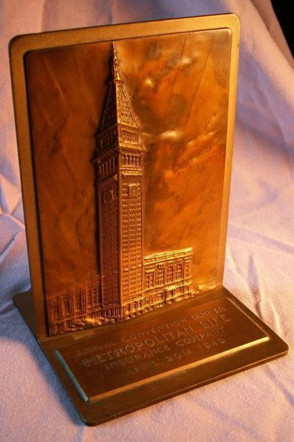 Commemorative Bronze METROPOLITAN LIFE INSURANCE COMPA NY Bookends - Advertising