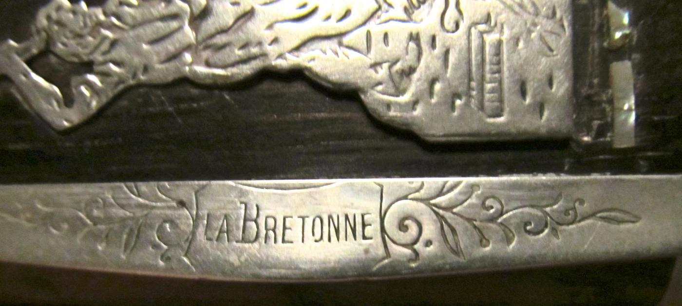 TABATIERE LA BRETONNE SNUFF BOX - Tobacciana