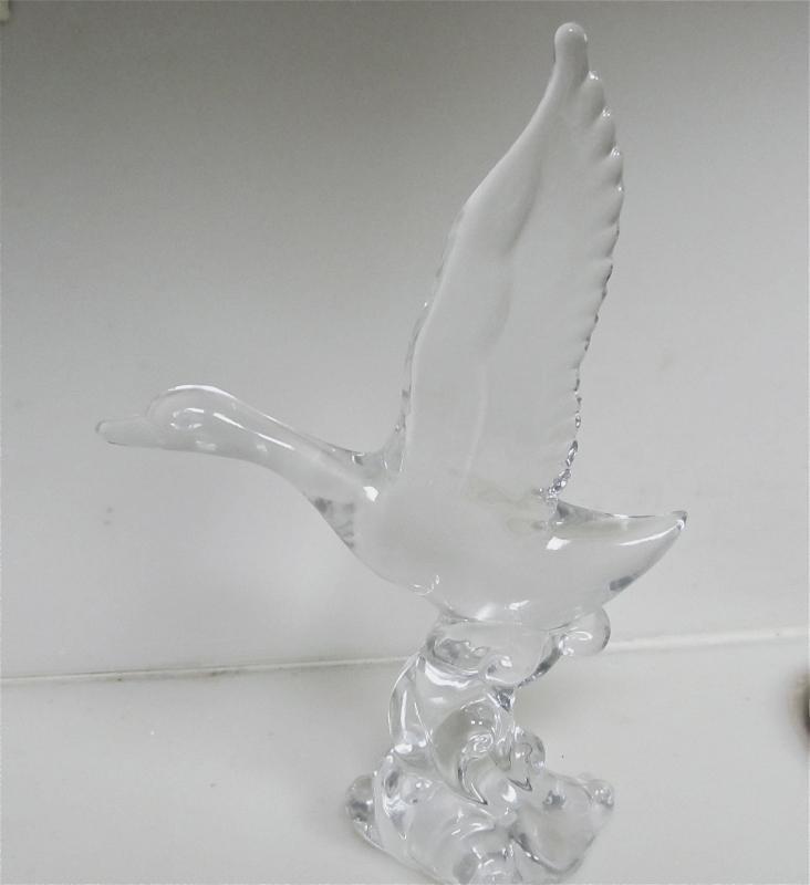 Heisey Mallard Marked WINGS Half - Glass