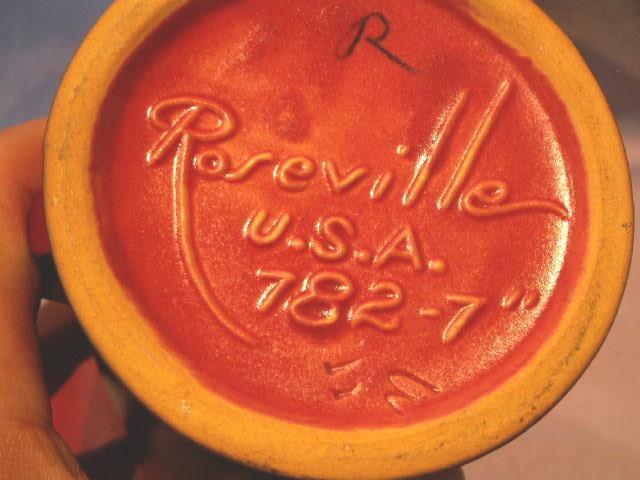 ROSEVILLE Red SILHOUETTE Vase - Pottery