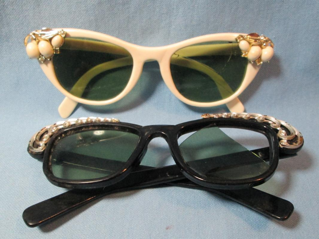 Vintage DIVA Sunglass Group - Misc Apparel Accessory