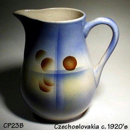 CZECH ART DECO AIRBRUSH POTTERY PITCHER /