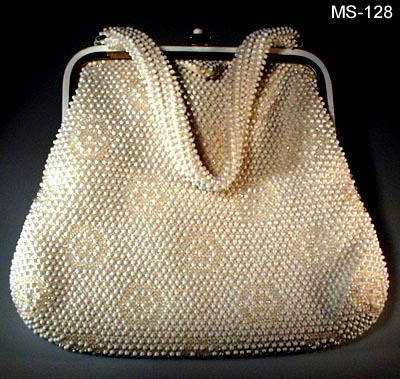 f10df6675 ... VINTAGE BEADED PURSE MS128. 1950's sgnd