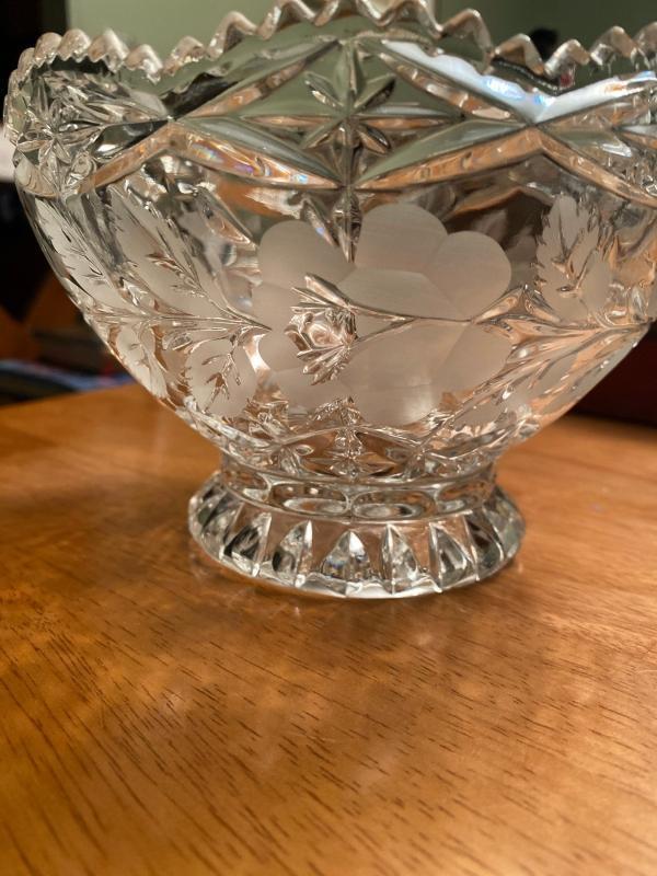 German crystal pedestal bowl