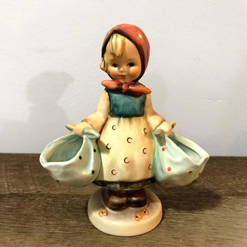 Hummel Goebel Mother's Darling 175 Figurine W Germany Girl Carrying Bags