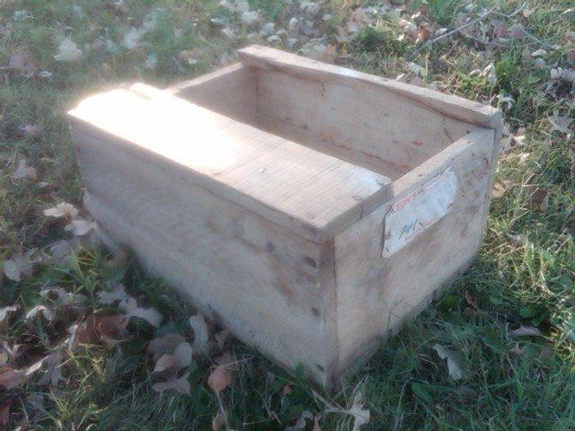 WOOD BOX WOODEN TOOL CRATE FARM RANCH SUPPLY CASE LEON YORKTON SASKATCHEWAN CANADA ADVERTISING PAPER LABEL