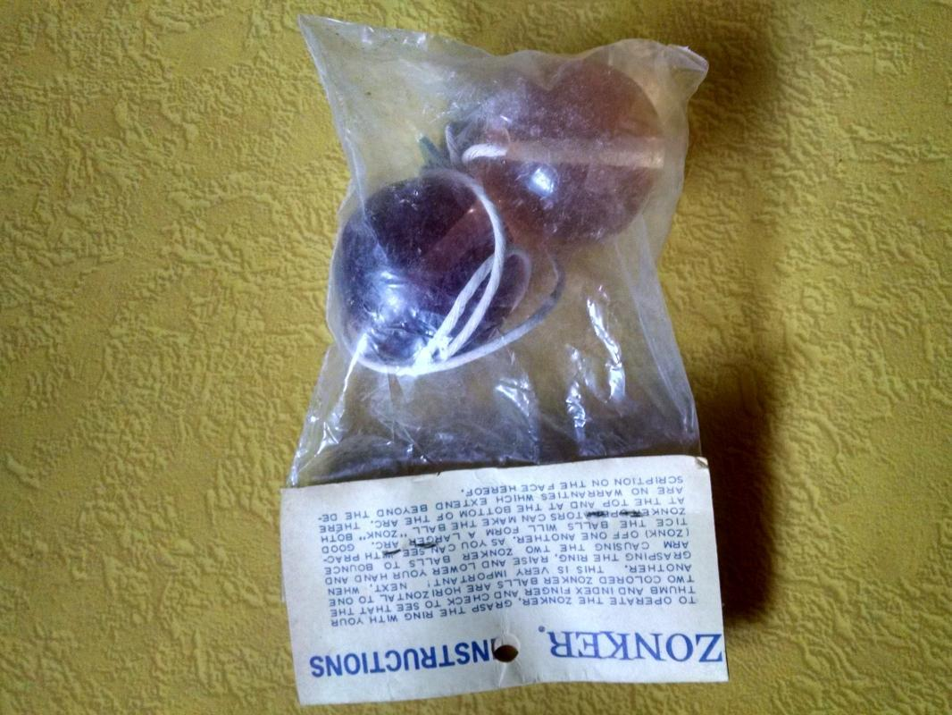 zonker retro era ball string clanger acrylic marble knuckle banger 1970's skill toy lavender purple tone plastic original store package instruction flyer card