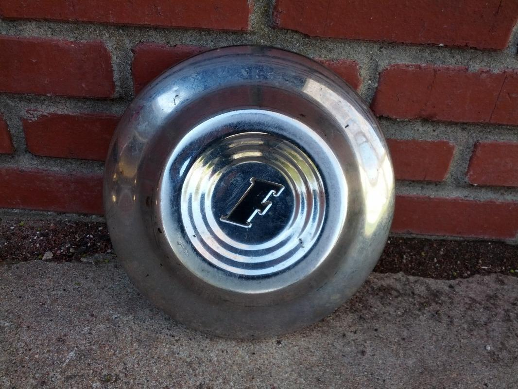 ford hubcap car automobile wheel cover