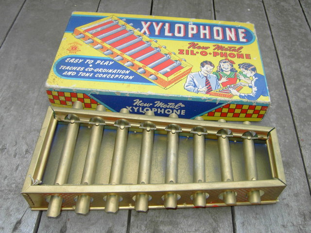 NEW METAL ZYLOPHONE MUSICAL INSTRUMENT AMERICAN TOYS ORIGINAL BOX