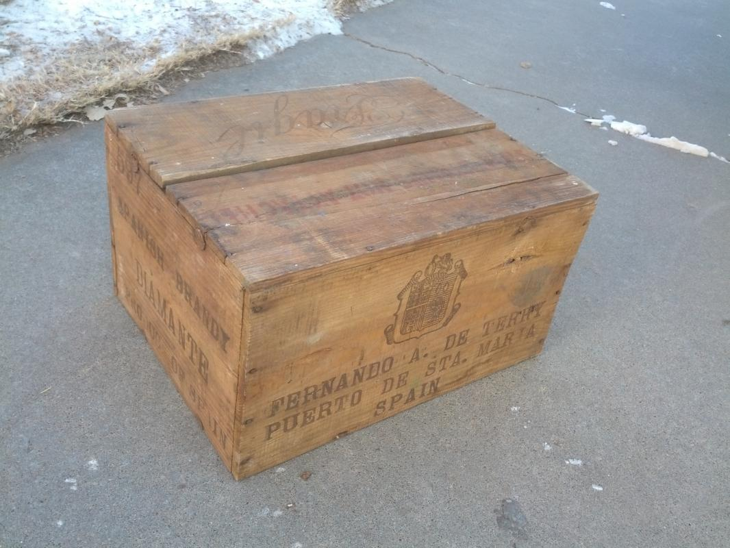 fernando terry spanish brandy crate wooden liquor box diamante popper morson new york advertising case