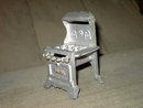 ROYAL GAS STOVE CHILDREN CHILDS TOY FURNITURE