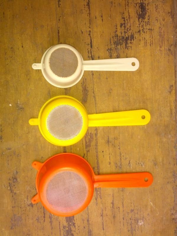 kitchen food liquid beverage straining utensil set retro cooking tool hong kong strainer