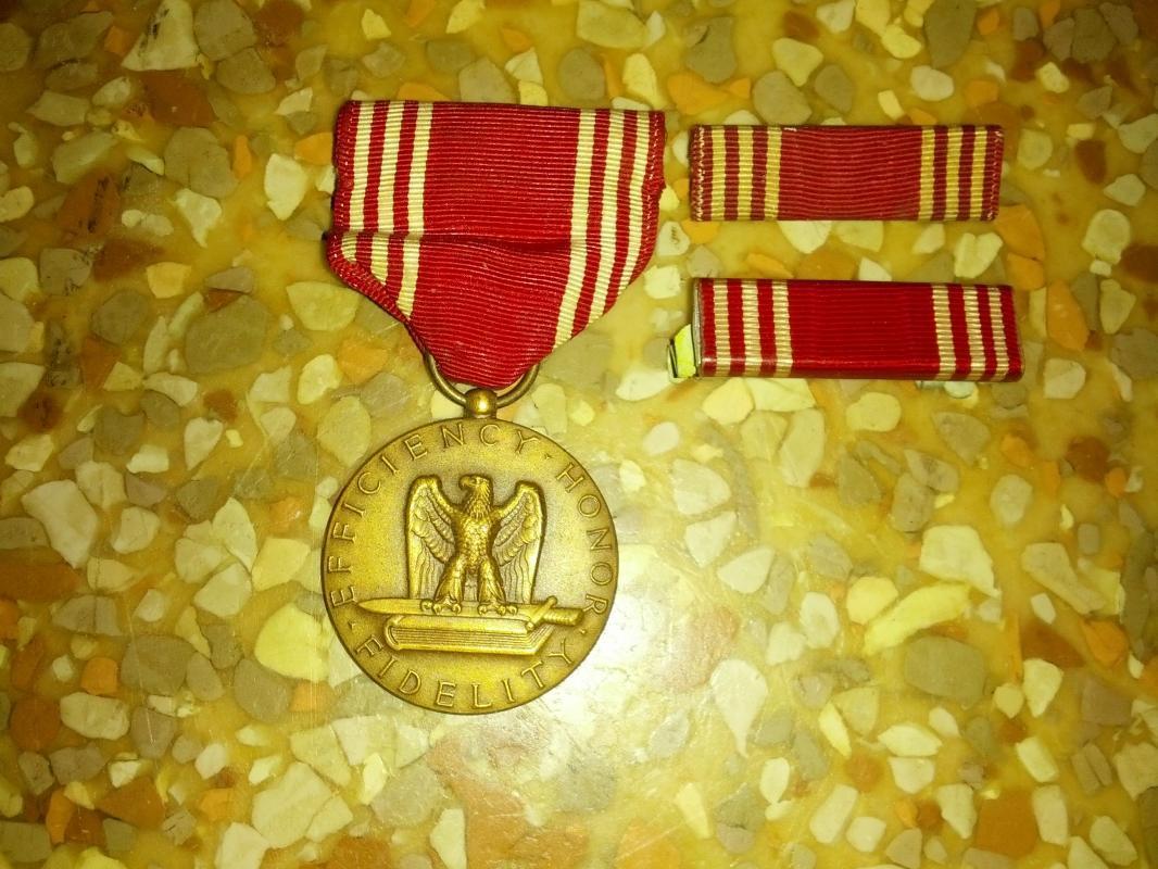 efficiency honor fidelity good conduct medal award medallian lapel bar decoration pin