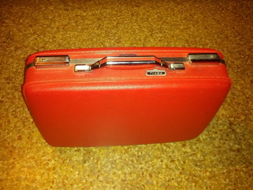 american tourister red hard shell suitcase tiara design stylish travel luggage 1962 patent date