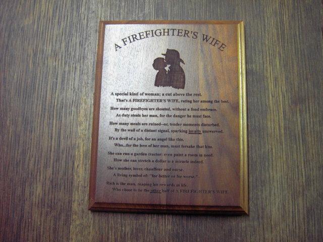 FIREMAN FIREFIGHTERS WIFE WALL PLAQUE WALNUT WOOD ROOM DECORATION