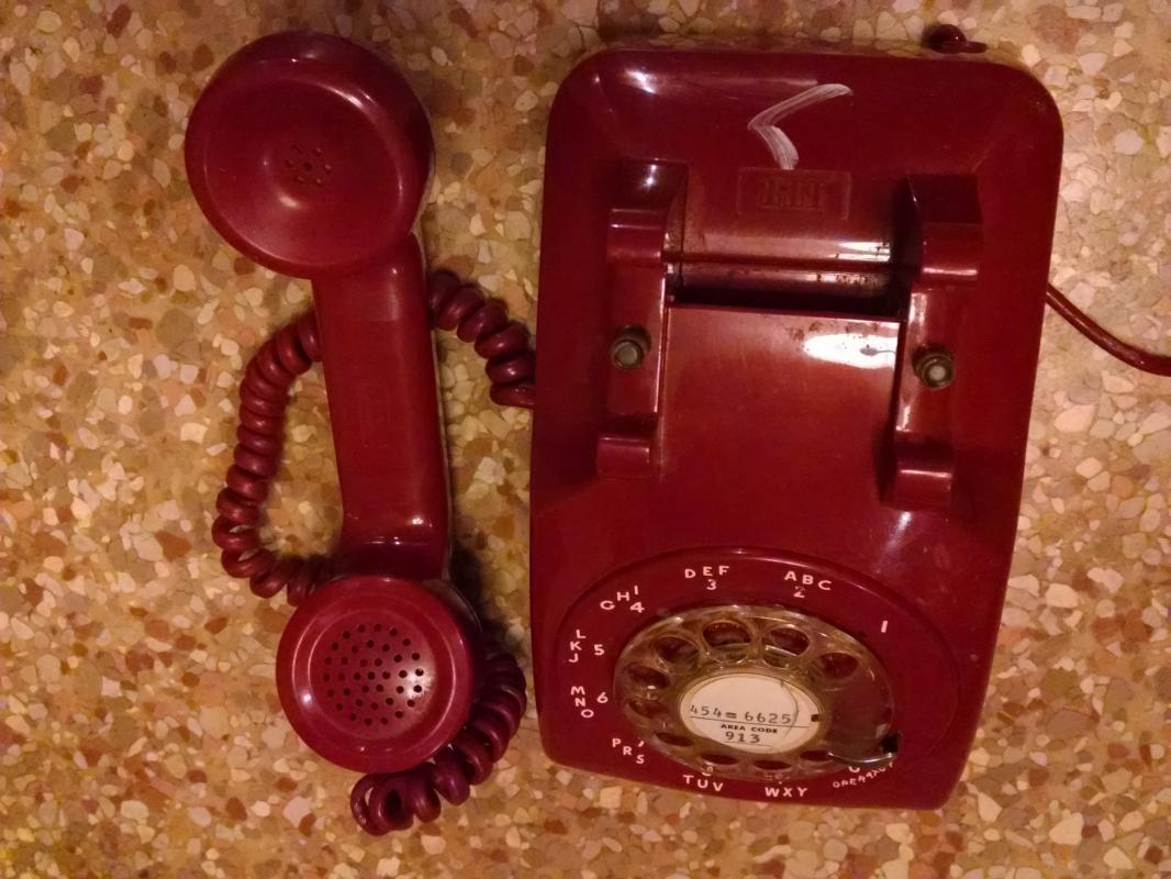 RETRO RED TELEPHONE CRADLE STYLE COMMUNICATION DEVICE ITT BRAND ROTARY DIAL PHONE