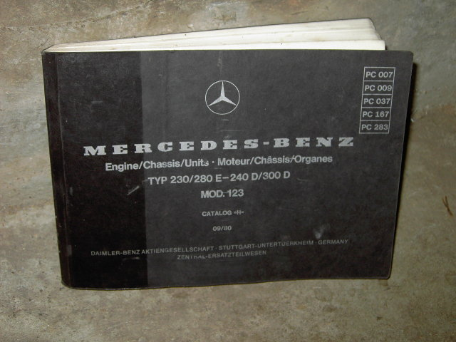 MERCEDES BENZ CATALOG 1980 OWNERSHIP MANUAL PARTS SERVICE BOOKLET TYPE 230 280E 240D 300D MODEL 123