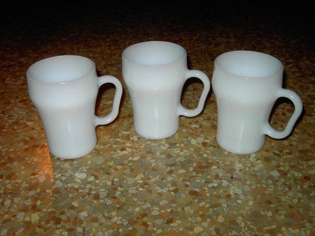 FIREKING ANCHOR HOCKING COLA STYLE WHITE GLASS MUG COFFEE CUP