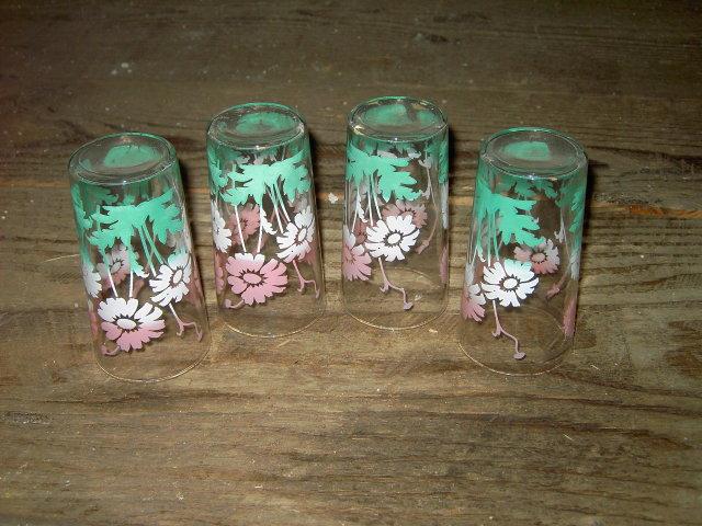 FLOWERED GLASS TUMBLER FLORAL PATTERN BEVERAGE GLASSES