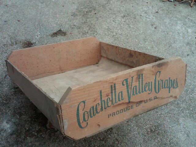 Heggblade Marguleas Coachella Valley Grape Crate Produce Box San Francisco California Advertising Tote
