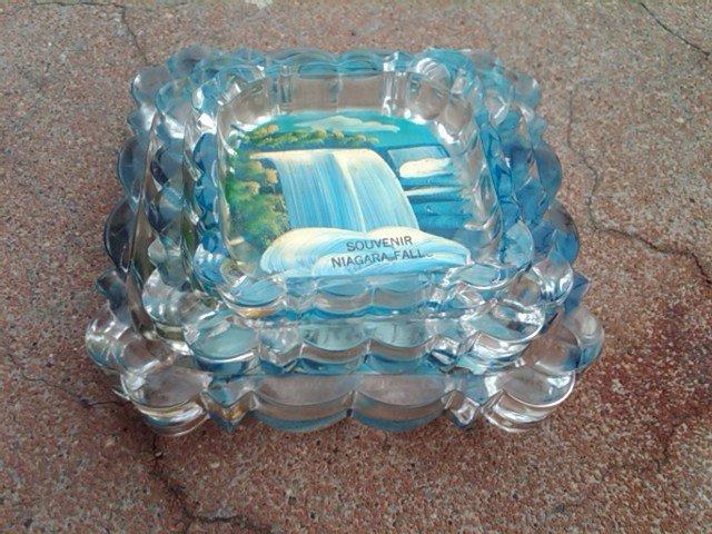 NIAGARA FALLS HAND PAINTED GLASS ASHTRAY SOUVENIR DISH DRESSER DESKTOP TRAY