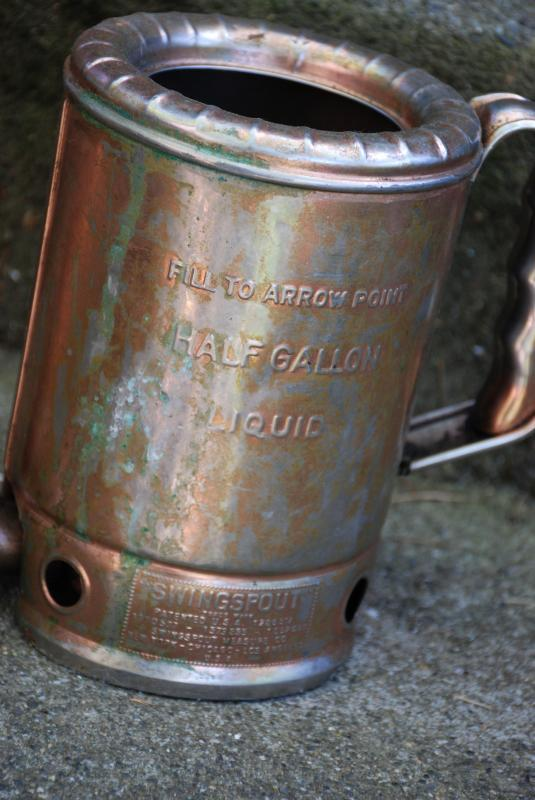 Vintage Oil Can Swingspout Measure Company, Filling Station, 1/2 Gallon Measure made in the USA