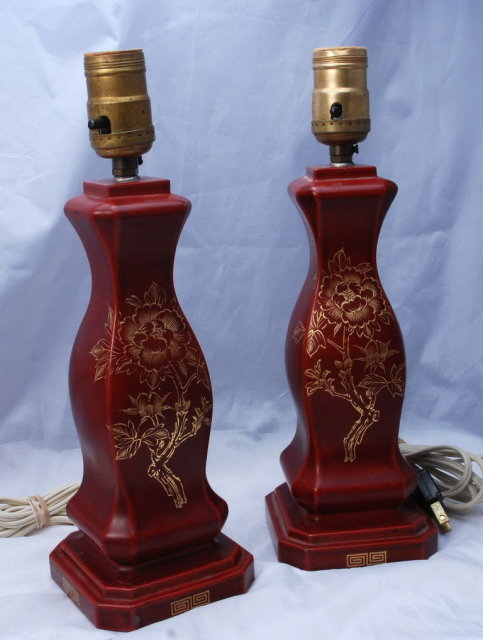 Occupied Japan Pair of  MARUNI PATENTED LACQUERWARE lamps