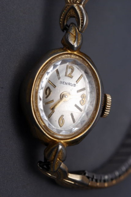 Vintage Benrus Ladies Wrist Watch  - Works!