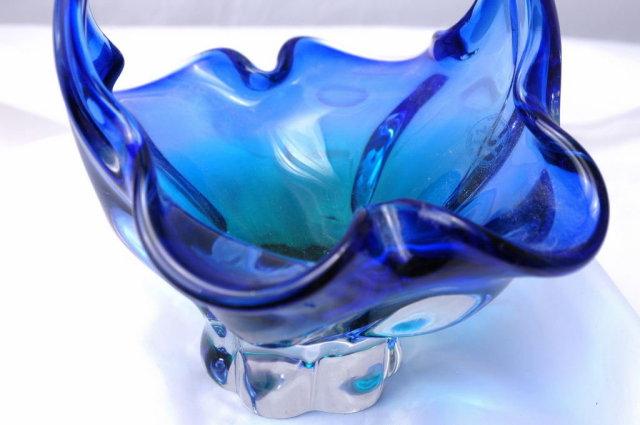 ROYAL GALLERY ART GLASS BLUE/GREEN BASKET - MADE IN CZECH REPUBLIC
