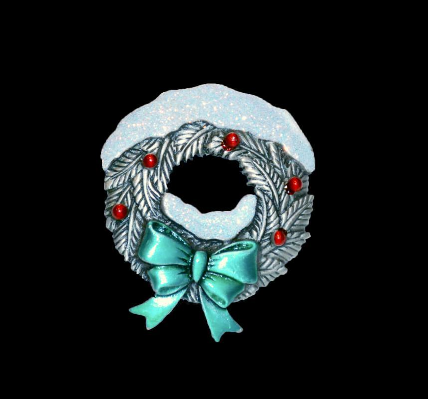 Sparkle Snow Covered Wreath Pin by JJ  Pewter & Enamel Vintage