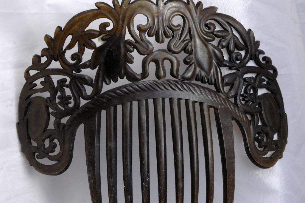Authentic Antique Large Mantilla Hair Comb, Hand Carved  Tortoise Shell -