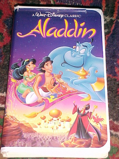 Walt Disney's Classic Aladdin Video on VHS FREE ~ SHIPPING WITHIN THE USA ~