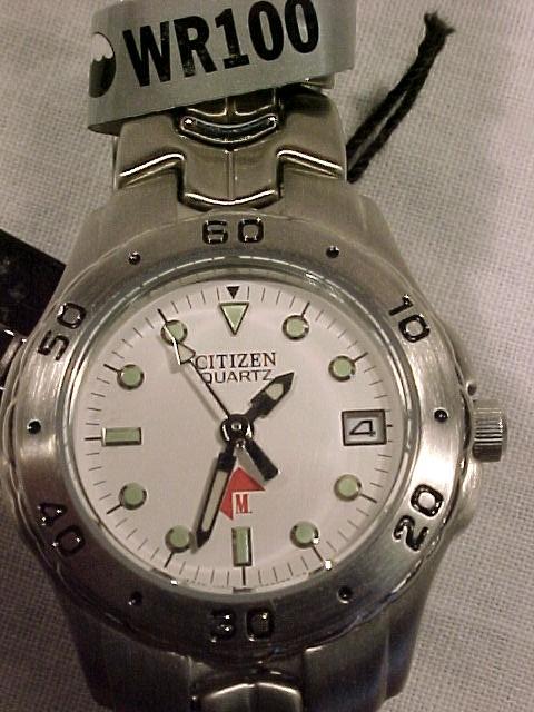 New Citizen Quartz Watch WR 100m