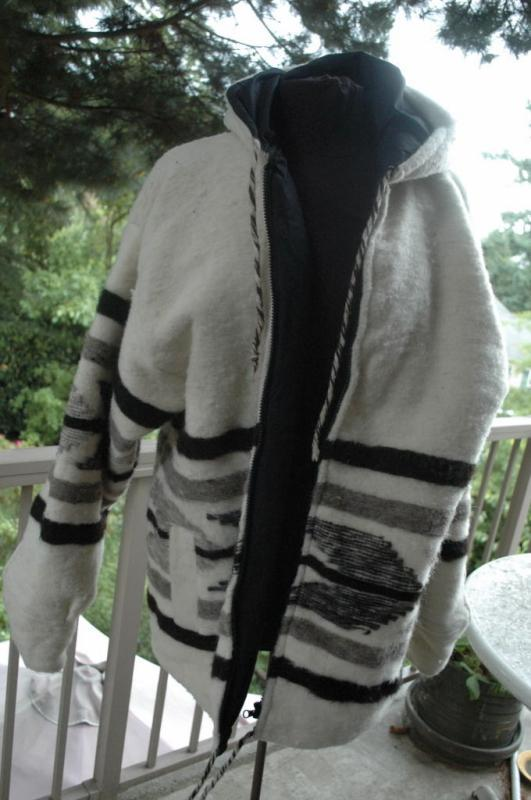 Guatemala Wool  Hooded Parka, Coat Jacket L  from Momostenango
