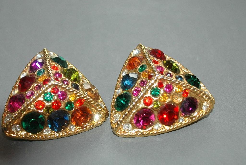 Large Blanca Rhinestone Clip on Earrings  Pyramids