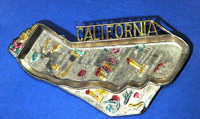Califonria Map Souvenir  Trinket tray or nut