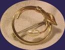 Kremetz Gold & Pearl Pin