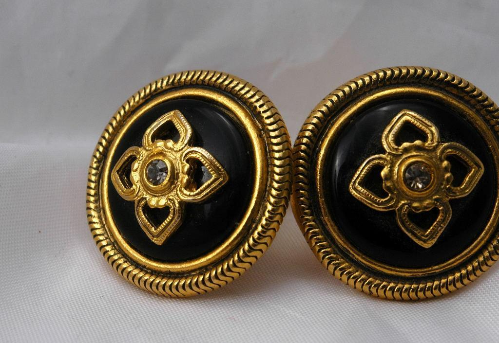 Ben Amun Black Obsidian  Crystal and Gold Clip On Earrings  Free Shipping