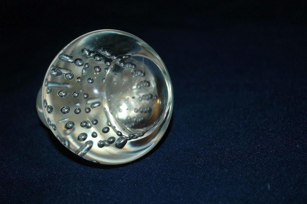 Controlled Bubble Crystal Glass Pear Paperweight