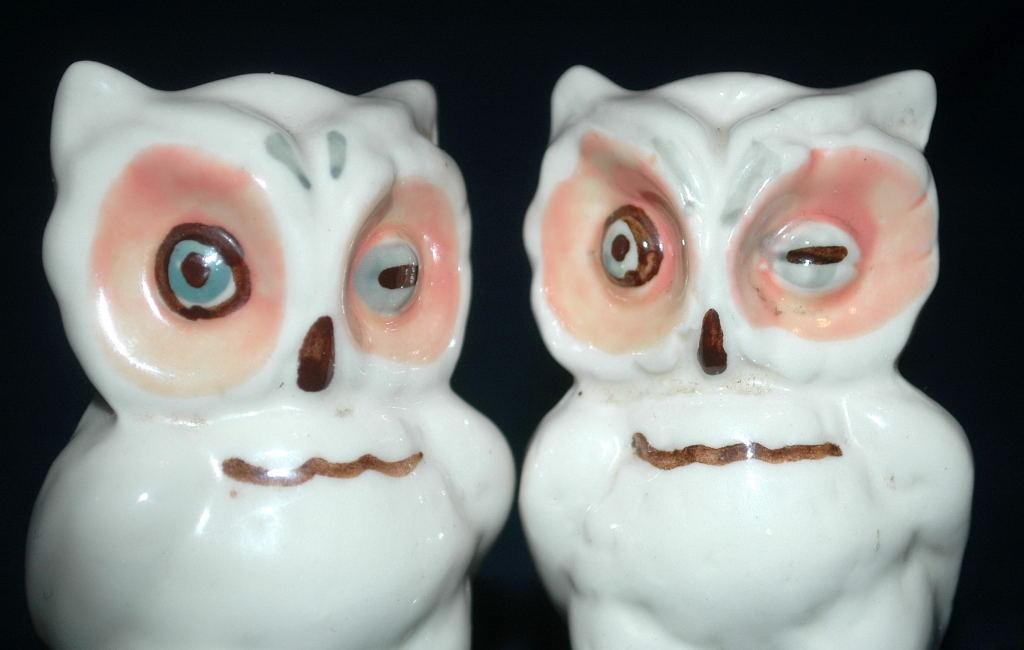 Owl  SALT &   PEPPER SHAKERS VINTAGE  Hand Crafted   Free Shipping