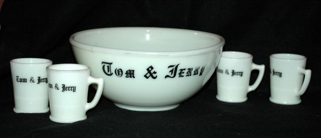 Vintage McKee Custard Glass Tom & Jerry Bowl and Mugs Set