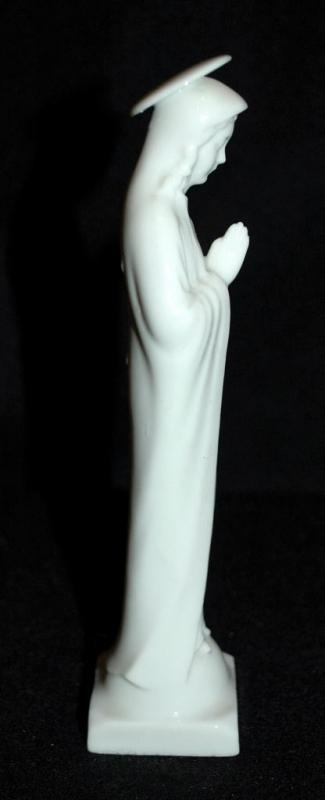 Occupied Japan Praying Madonna Porcelain Statue - white