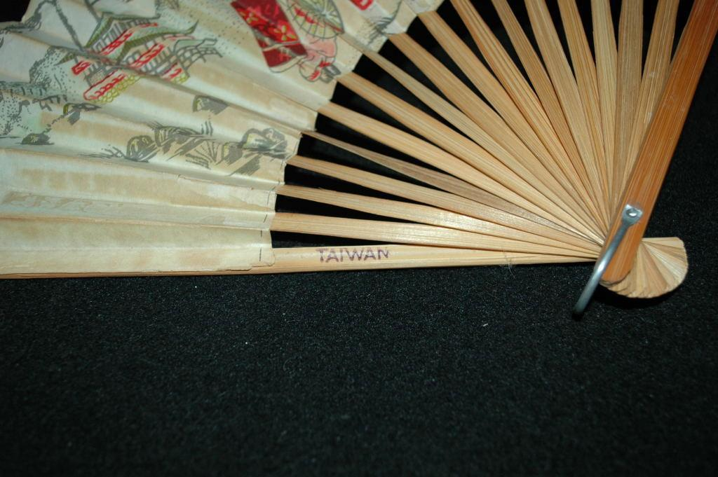 Hand Painted Asian Paper Fan  fragile / free shipping in the USA