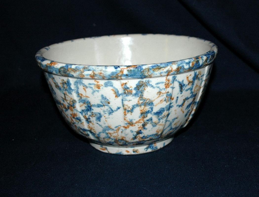 Large Antique Redwing Spongeware Bowl Mixing Bowl, Panel, Stoneware Bowl