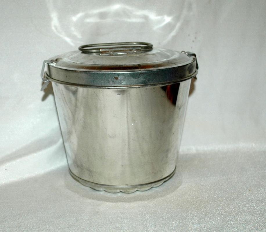 Old W. German Tin Steam Pudding Baking Mold with Clamp Down Lid