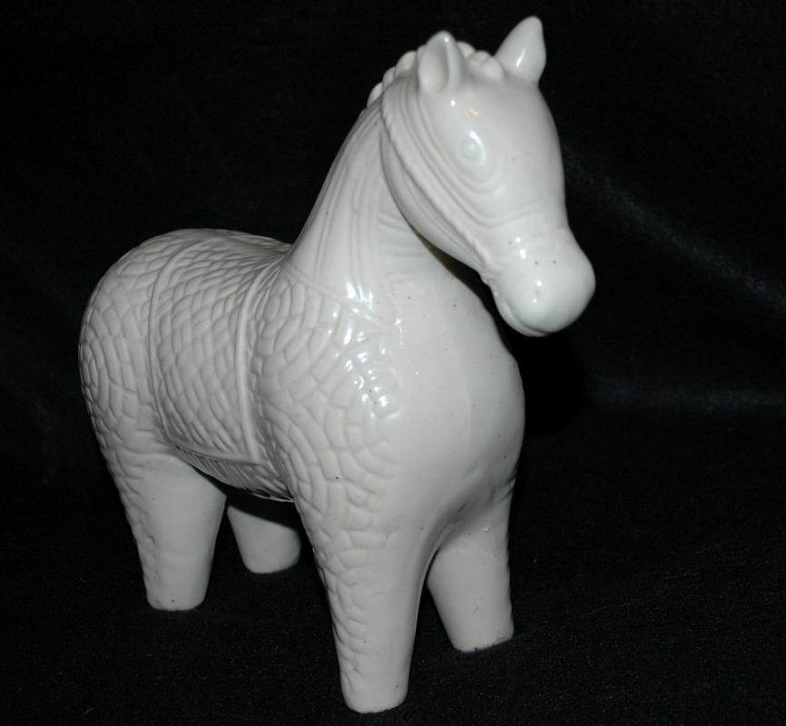Ivory Porcelain Ceramic  Tang Chinese War Horse Statue