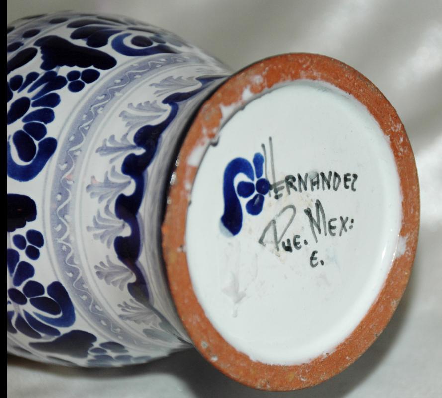 Hernandez Talavera Pottery from Puebla, Mexico Vase  /Blue White  baluster shape
