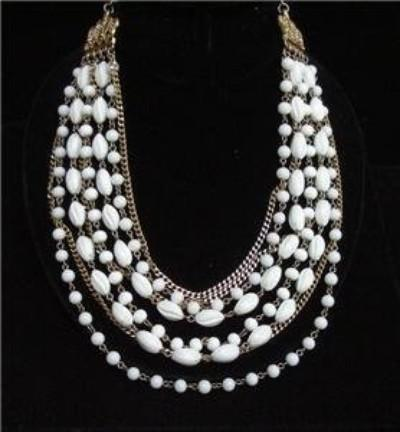 CORO 8 STRAND NECKLACE WHITE BEADS & CHAINS - VINTAGE