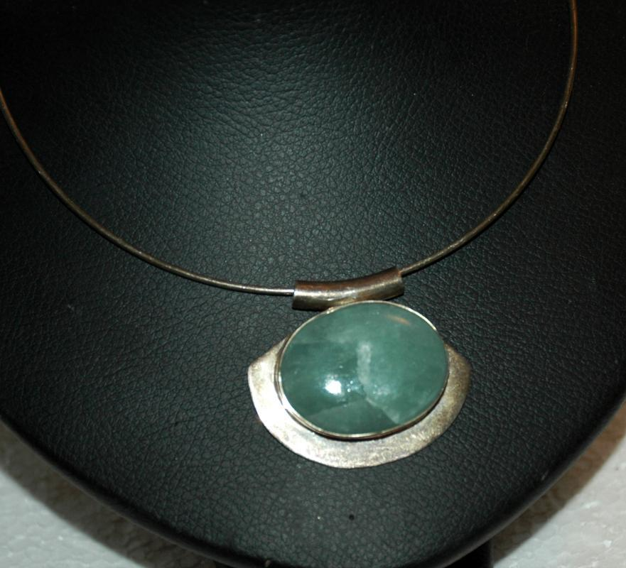 Celadon Jade Jadeite  in Sterling Silver Choker Collar Necklace  Wintergreen shade Cabochon