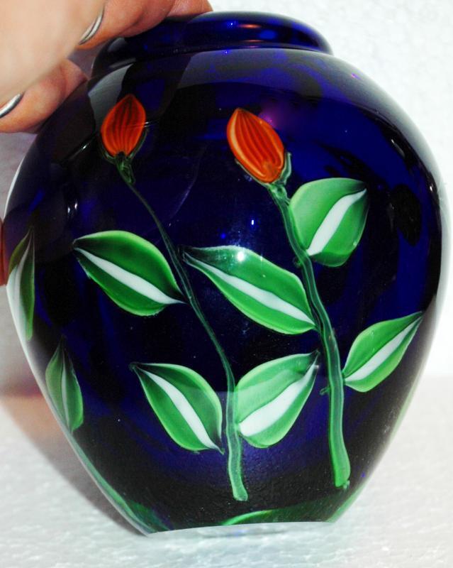 Kusak Art Cryrstal Vase Cobalt Blue with Cased Flowers Signed / Seattle Washington